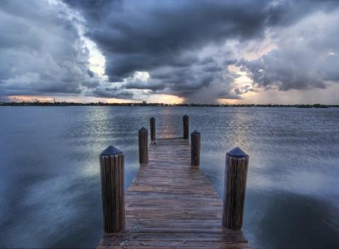 ここからドラマが始まる?美しい桟橋の写真42枚3